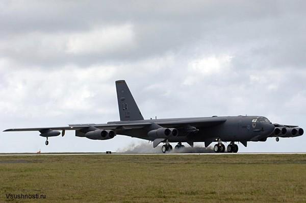 Боинг B-52 - американский стратегический бомбардировщик (7)